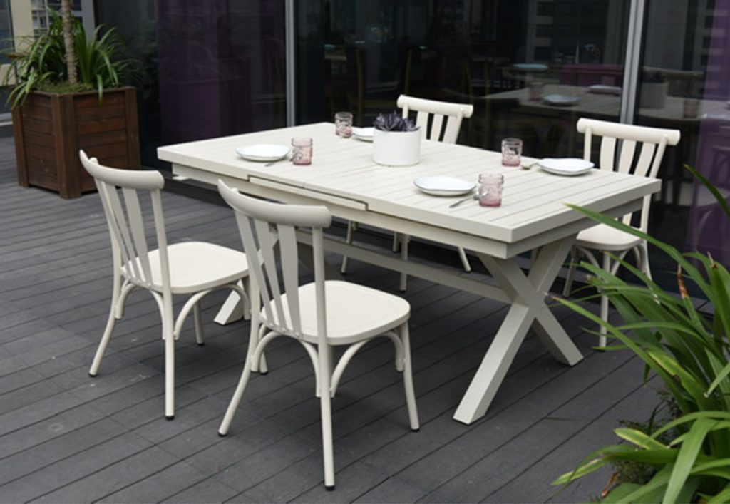 Mesa-Extensible-aluminio-PRINTEMPS-Casa-y-Mas